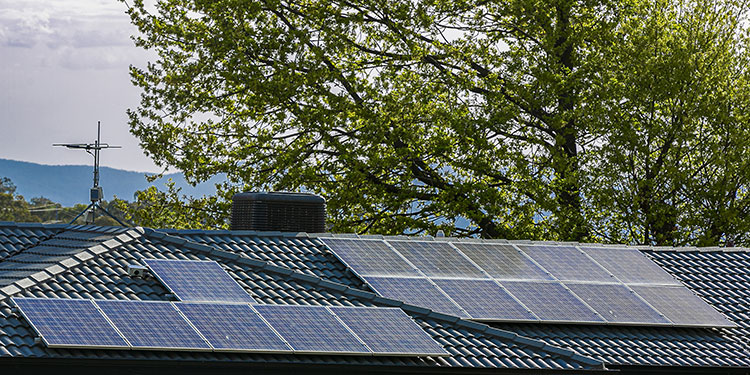 Why Spring is the Perfect Time to Install Solar